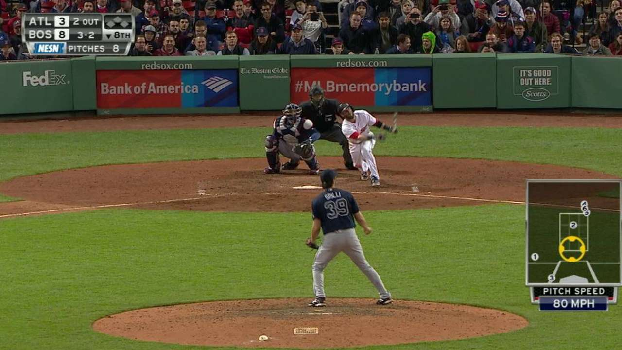 Pedroia's second-chance homer