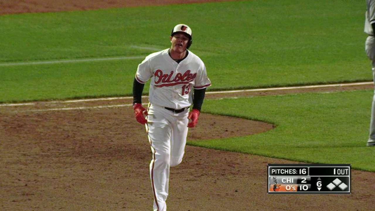 Mach-ado about Manny's 5-RBI night