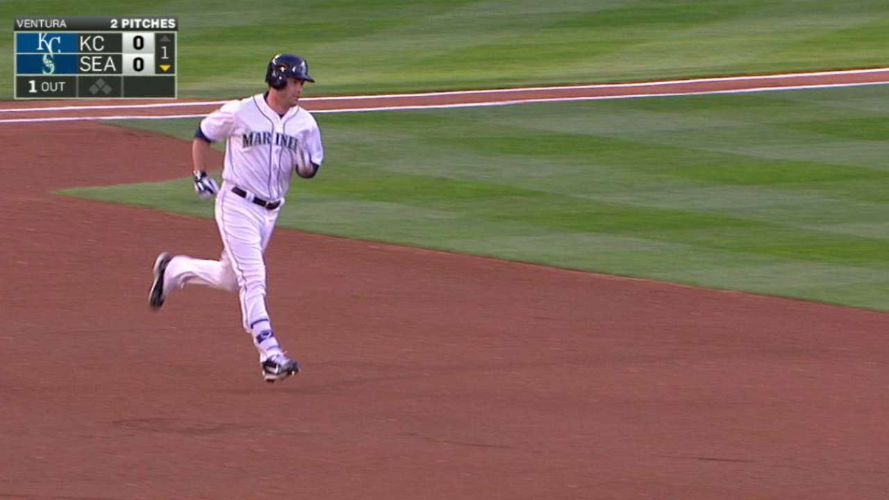 Smith putting a charge in Mariners' offense