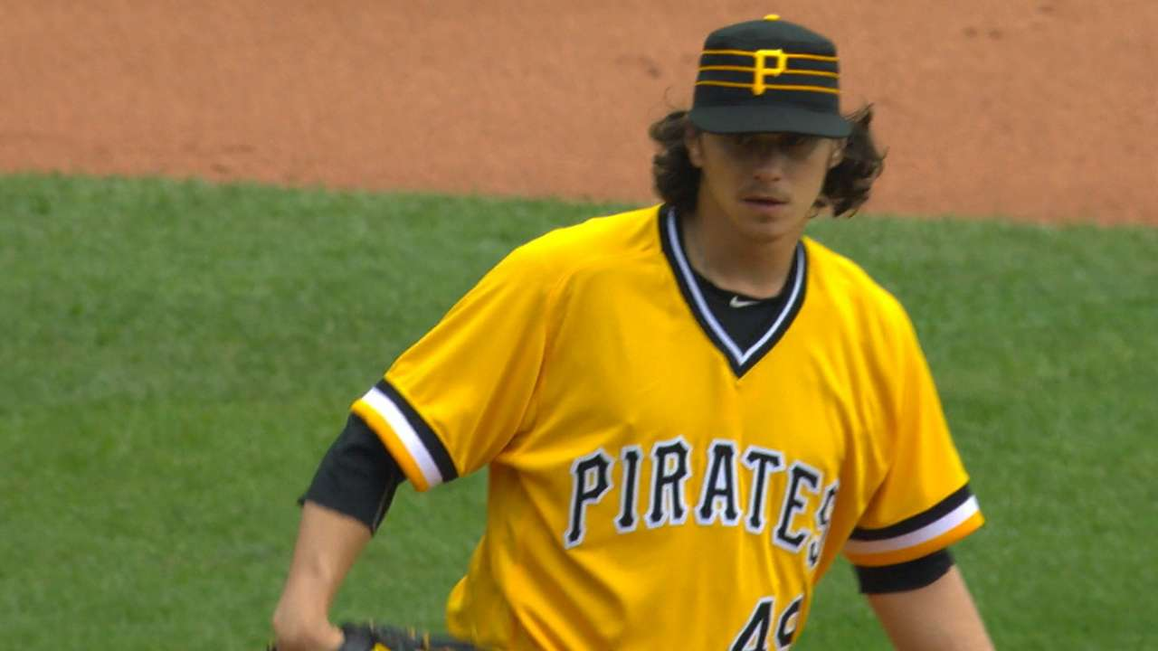 Locke's solid outing