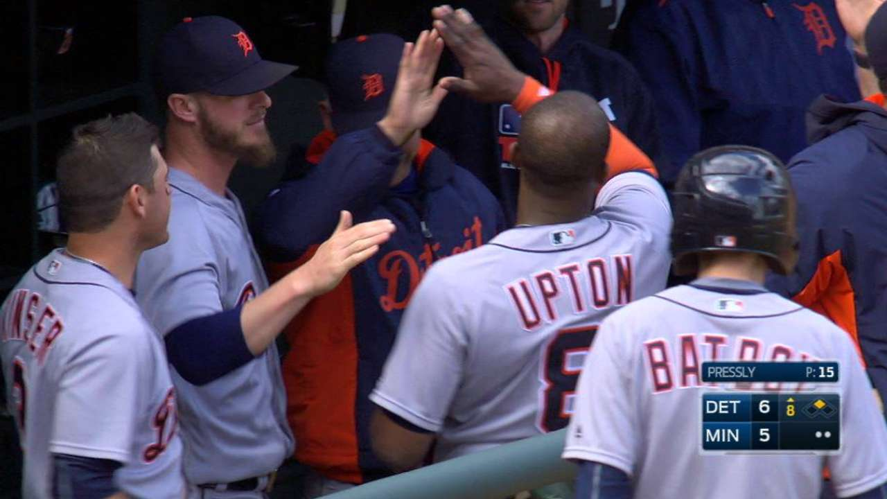 Tigers rally to complete sweep of Twins
