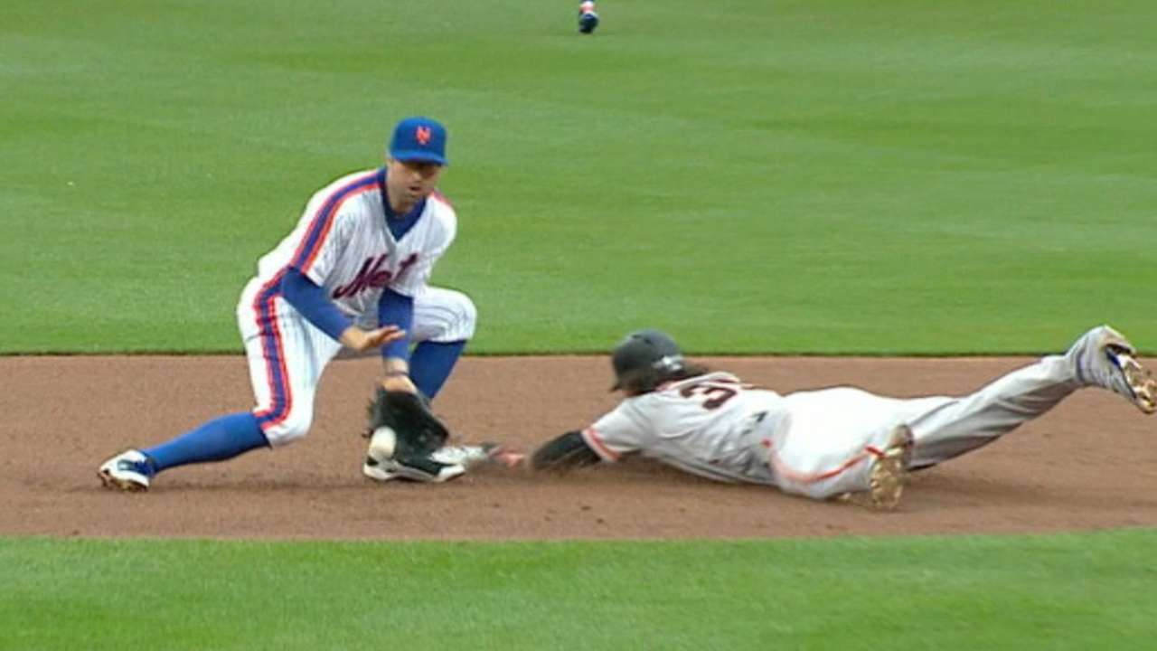 Giants steal four bases off Mets