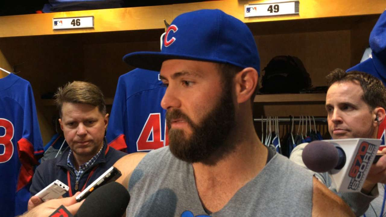 Dominant Arrieta wins NL Pitcher of Month