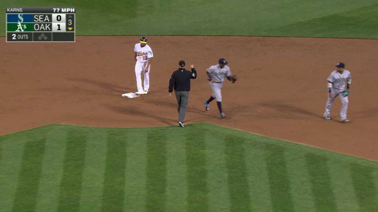 Marte makes catch, turns DP