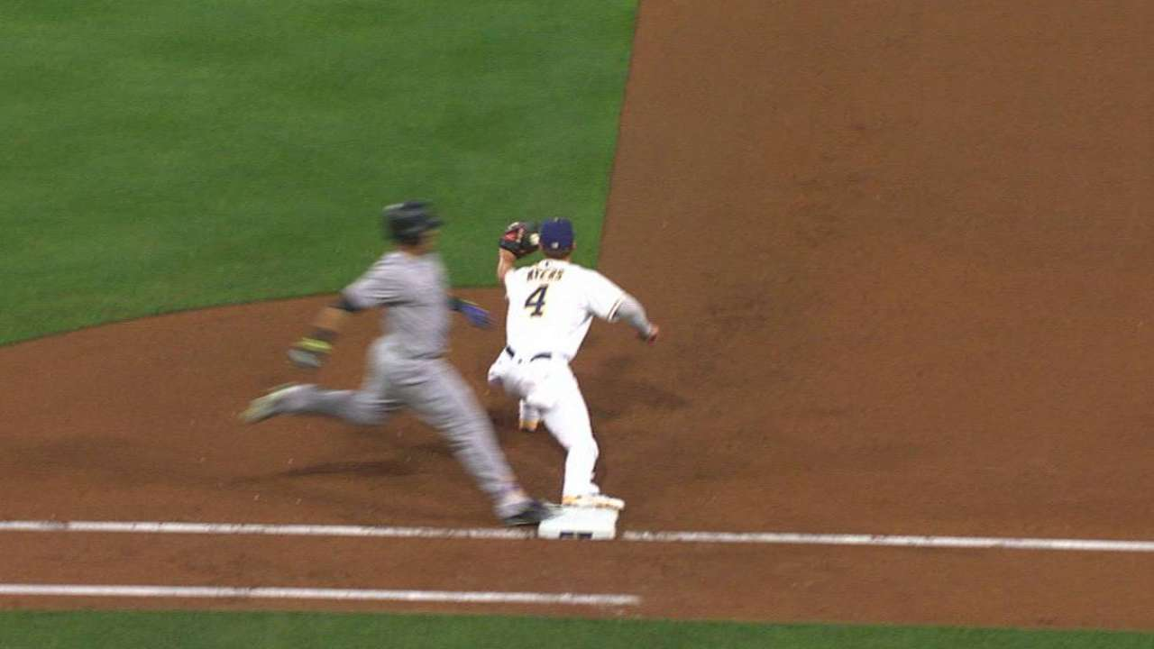 Trio of double plays instrumental in win