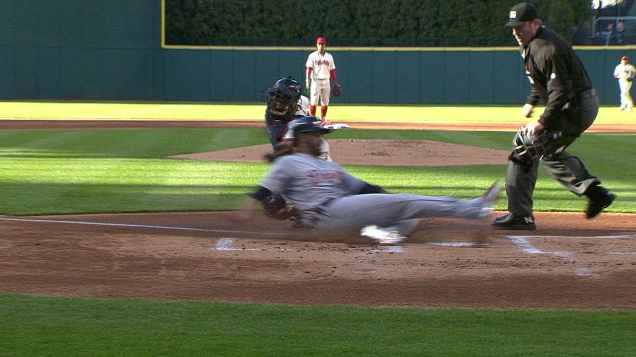 Byrd throws out J.D. Martinez