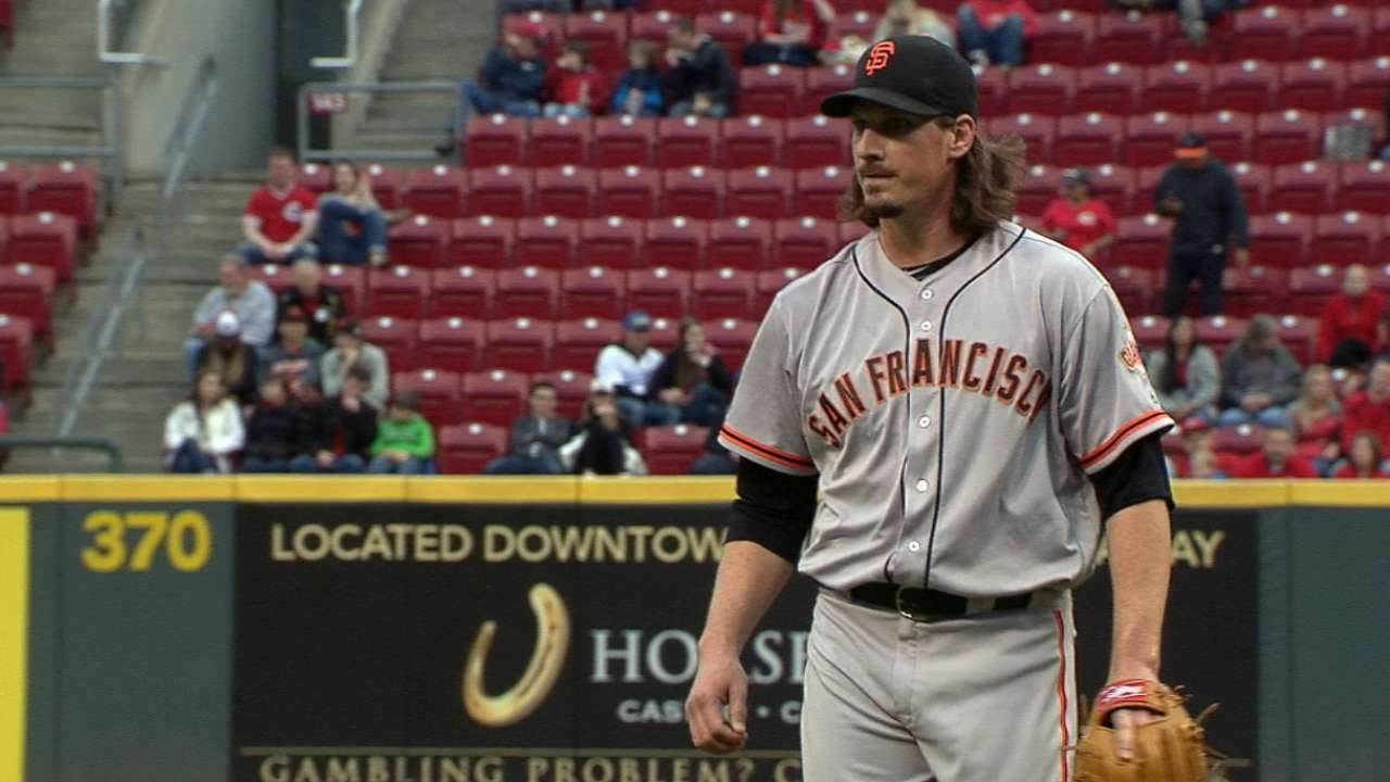Superb Samardzija leads Giants to victory