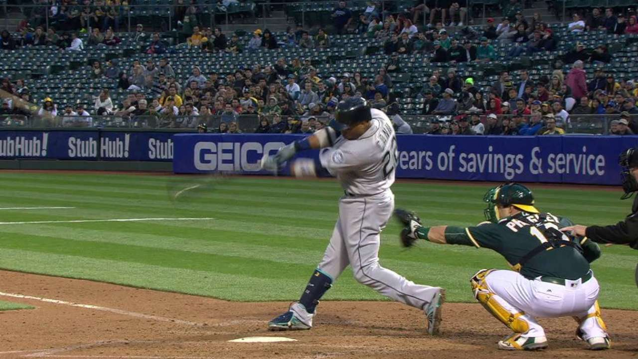 Mariners crush Gray, A's as Kuma cruises
