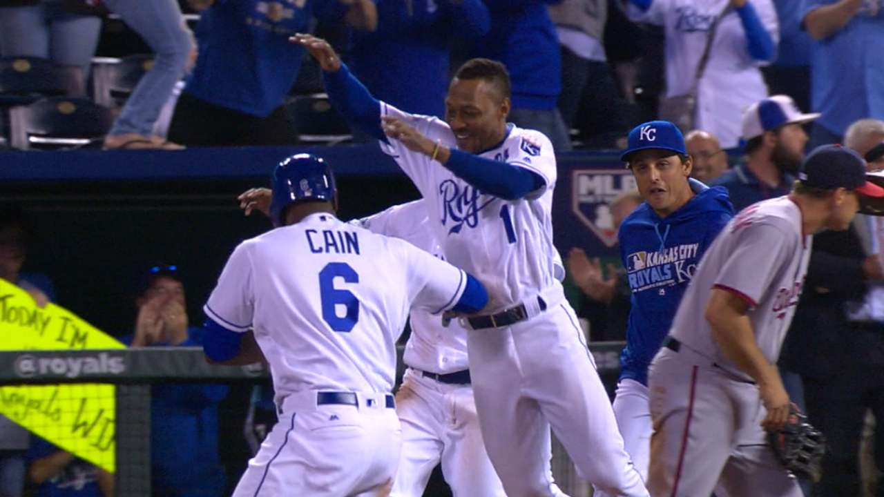 Must C: Royals' comeback in 9th