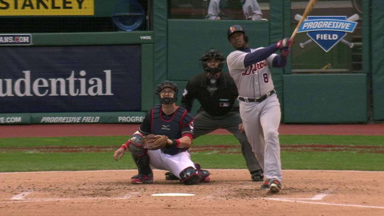 Upton's double to center