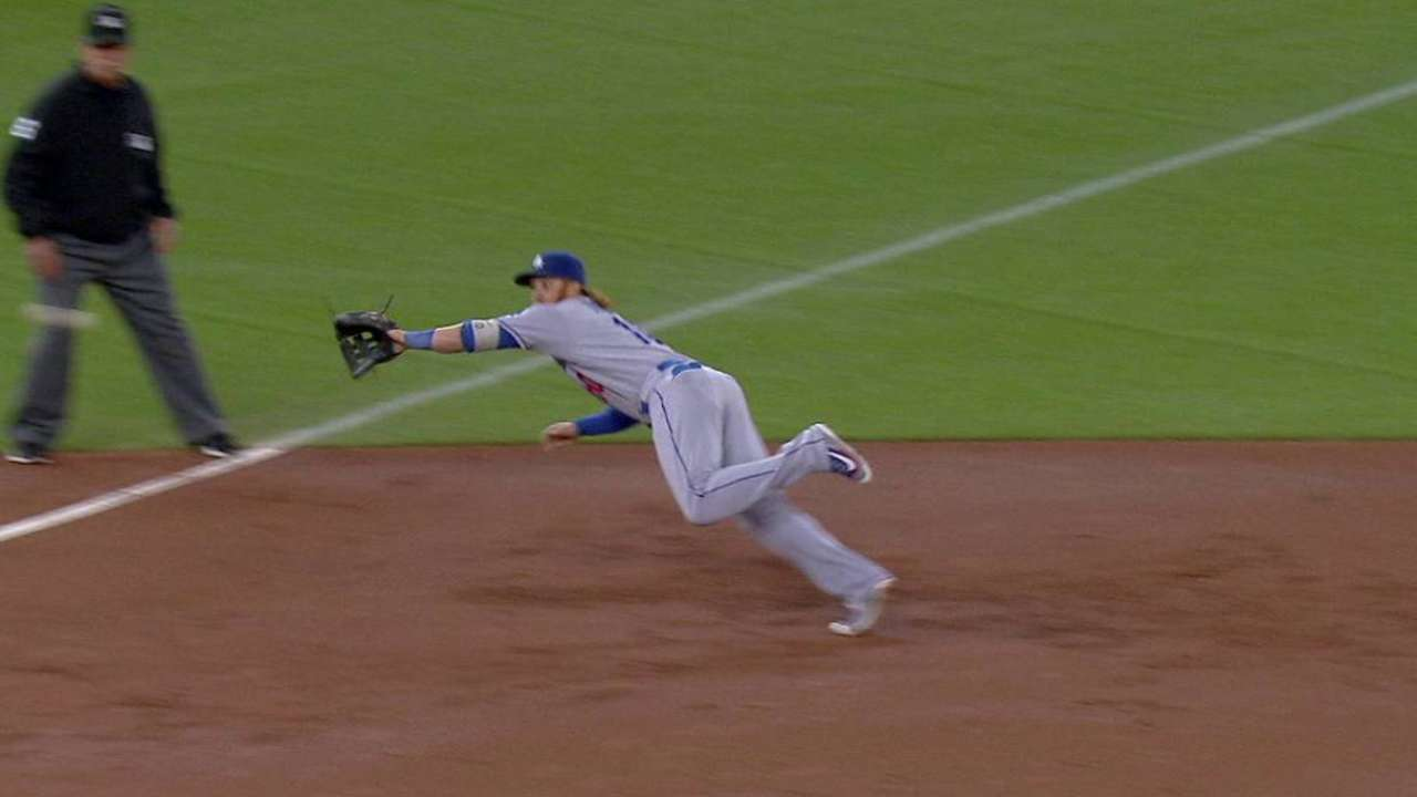 Turner's diving catch saves run
