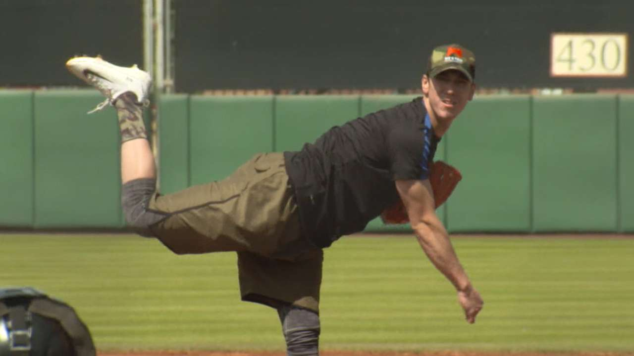 Freak-y Friday: Lincecum strong in showcase