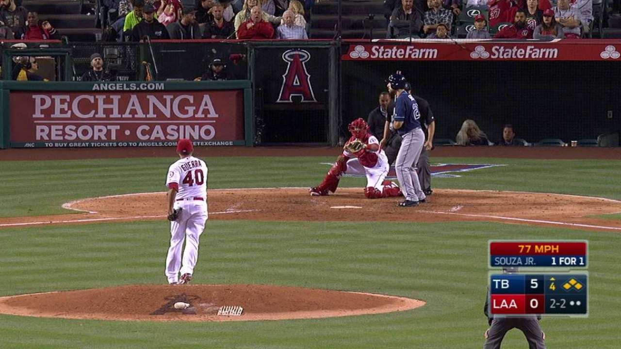 Guerra strikes out Souza Jr.