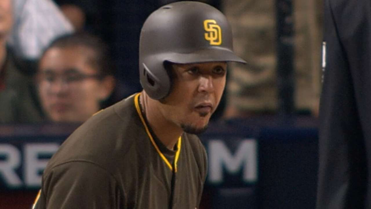 Pomeranz, Jay shine as Padres top Mets