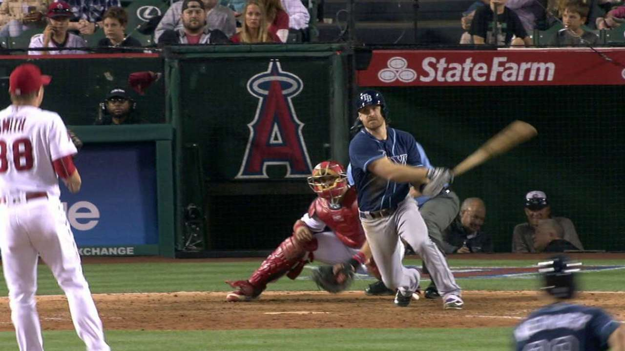 Rays strike late to top Halos, take 3rd straight