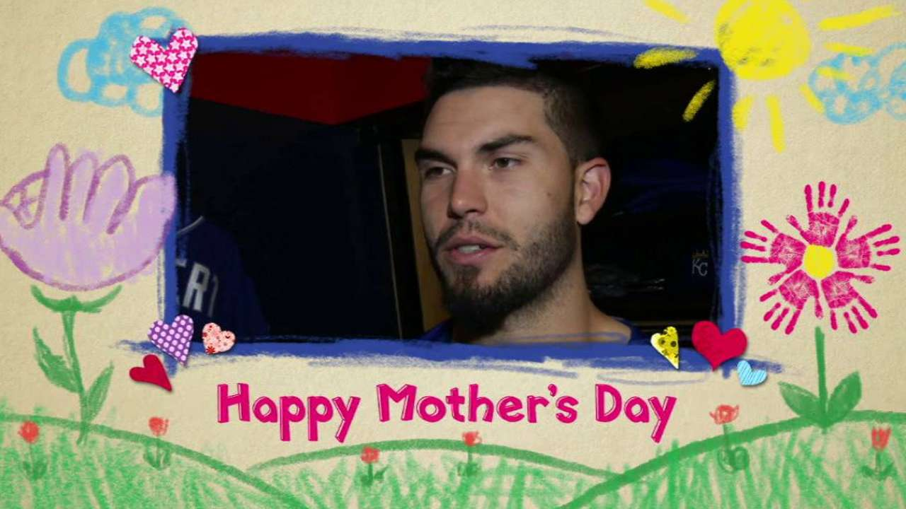 Hosmer discusses his mother