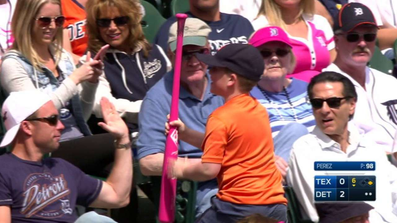 Castellanos gives fan his bat