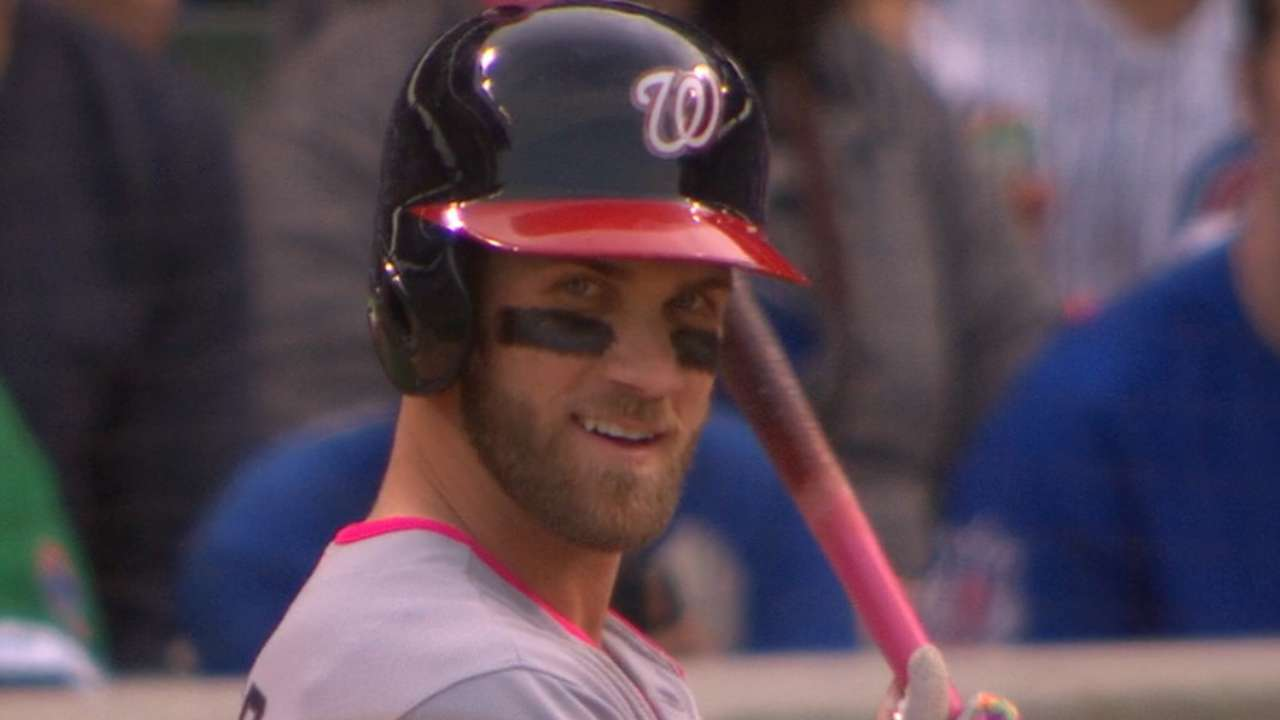 Cubs give Harper respect