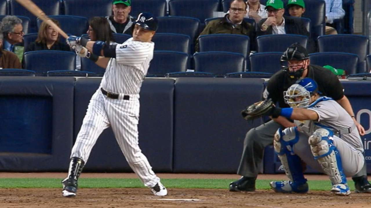 Going solo: Yanks slug 5 in HR-filled win