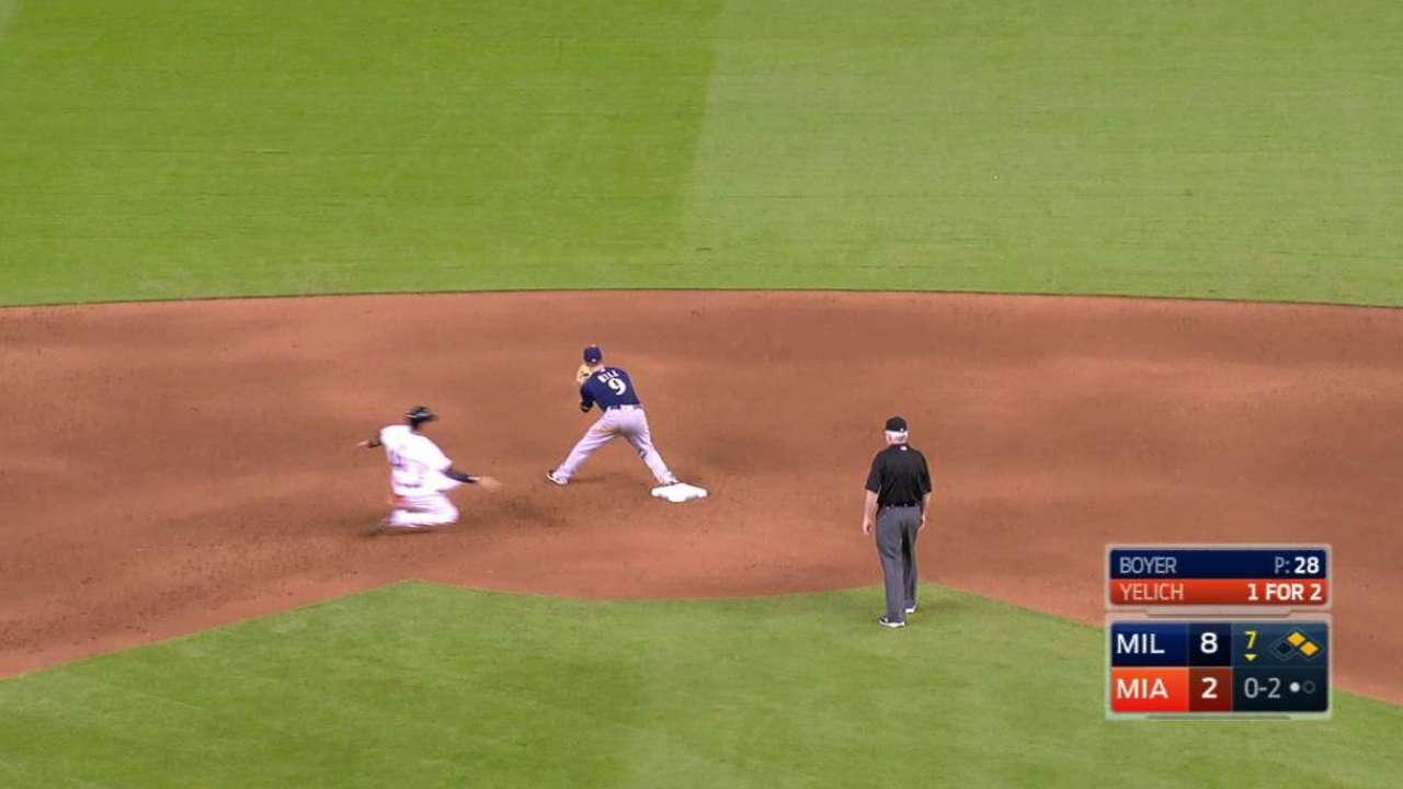 Villar makes catch, turns DP