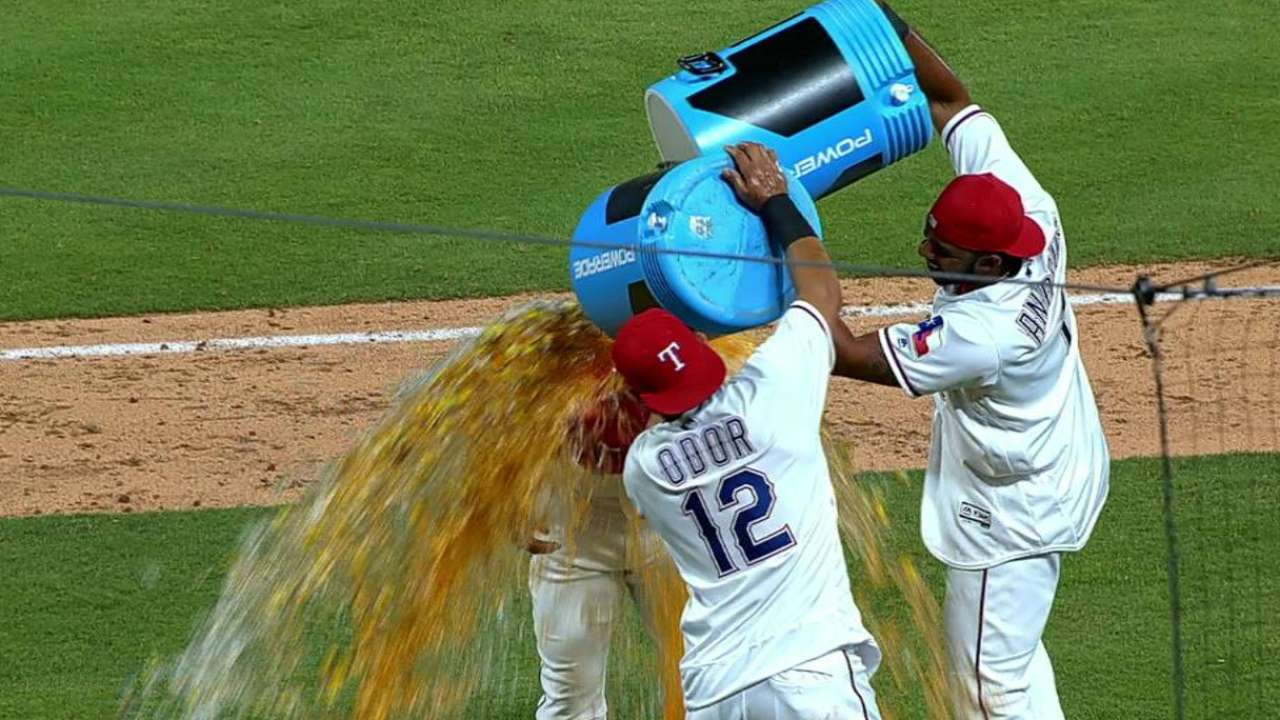 'Grind it out' style leads to Rangers' big rally