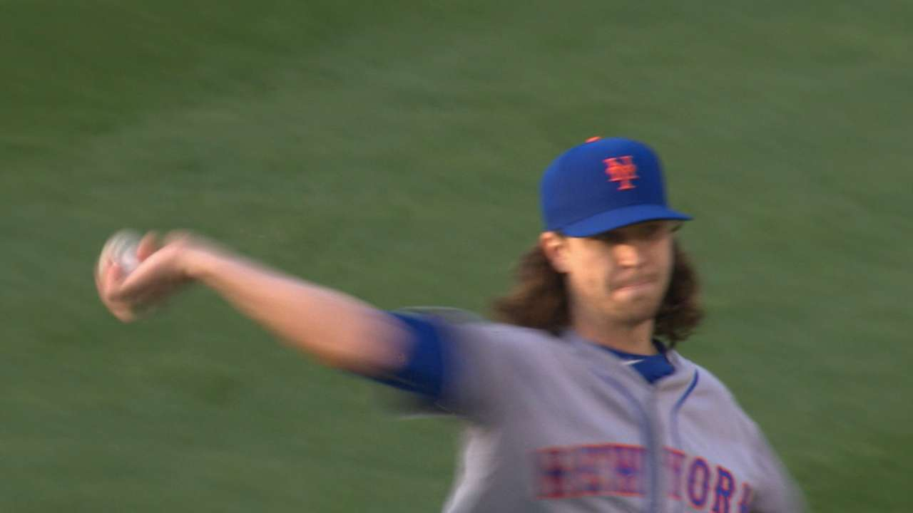 deGrom holds Dodgers to two runs