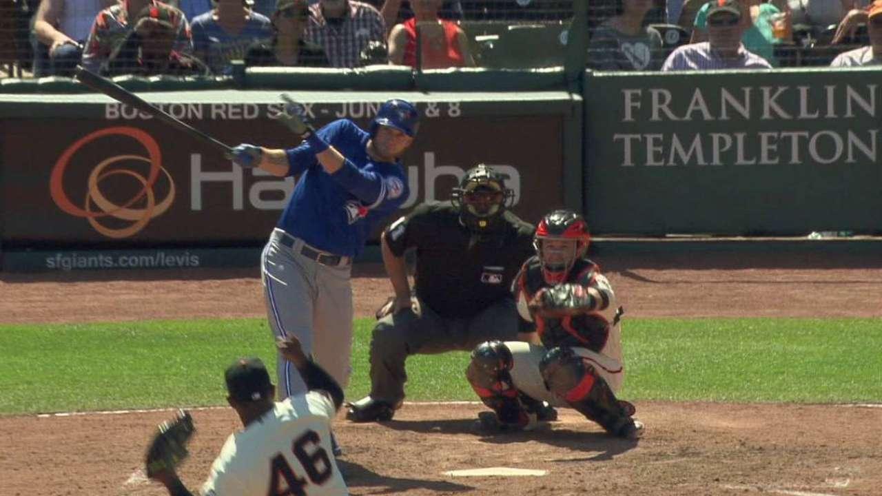 Saunders' game-tying homer