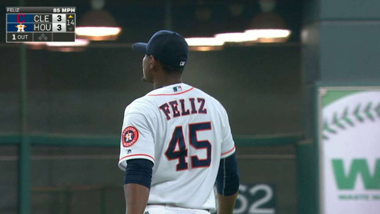 Feliz strikes out Gomes