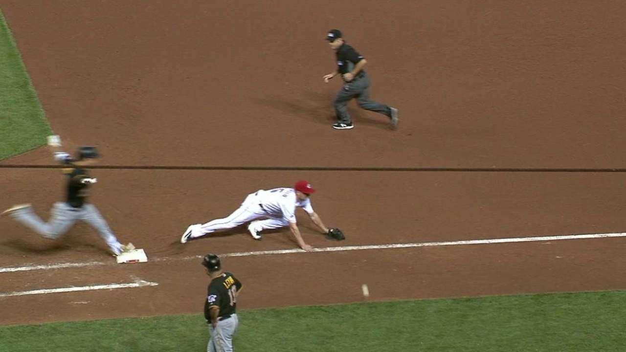 Kang's infield hit