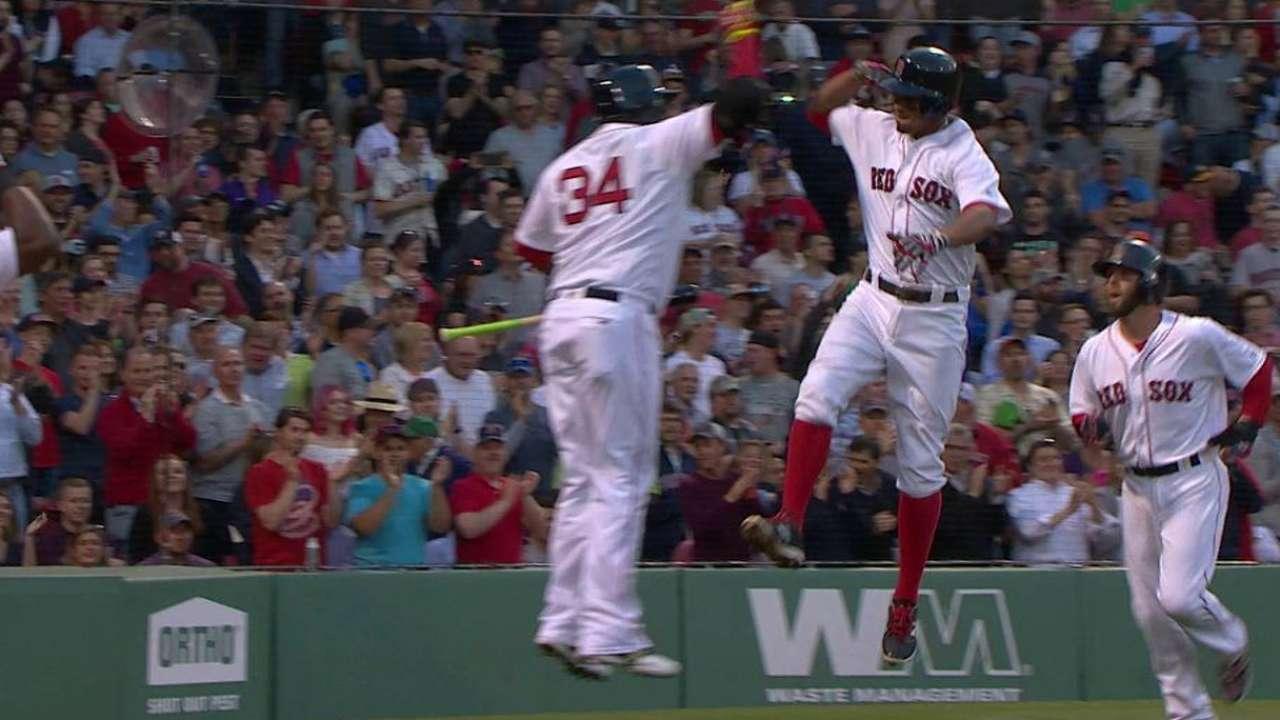Bogaerts' two-run home run