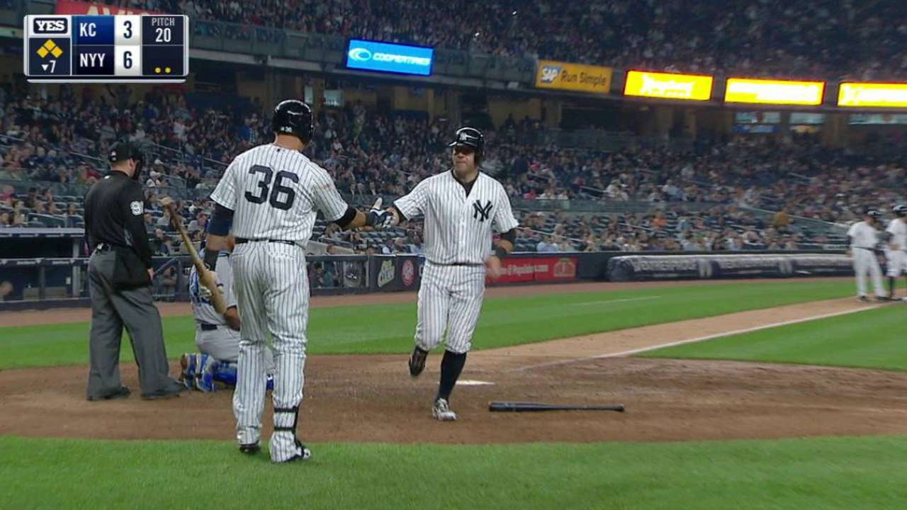 McCann draws bases-loaded walk