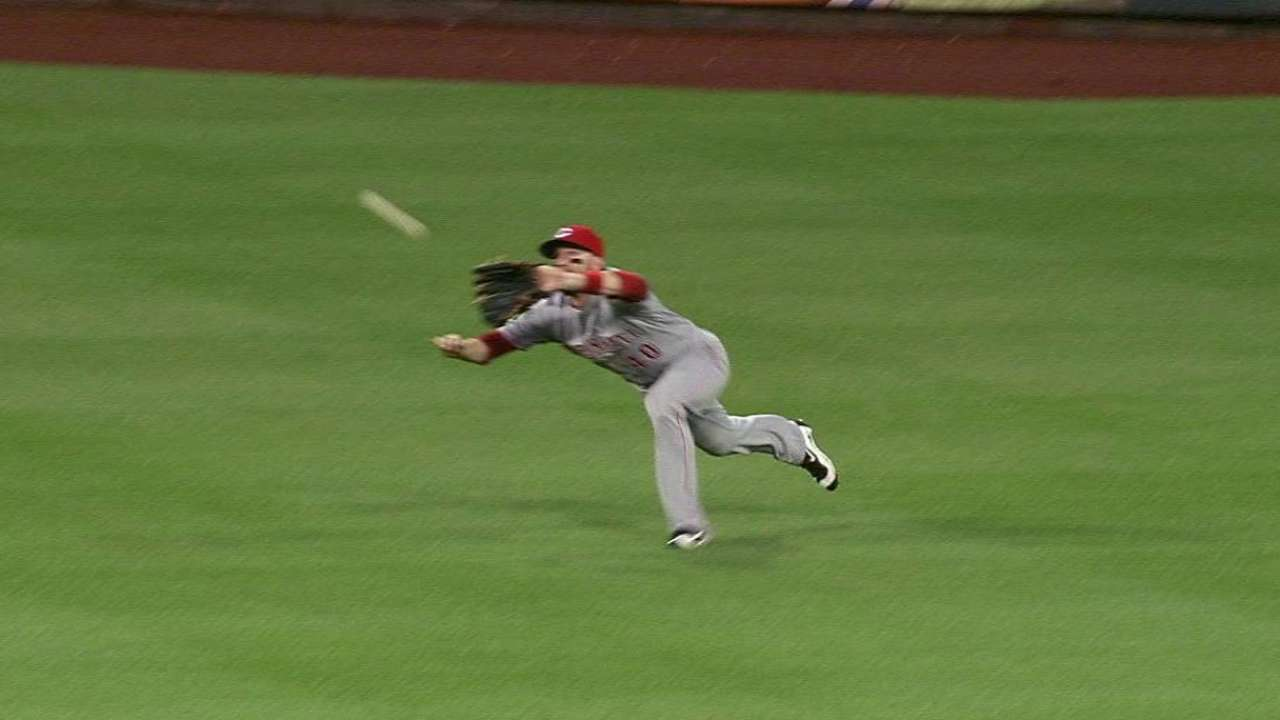 Holt's great diving catch