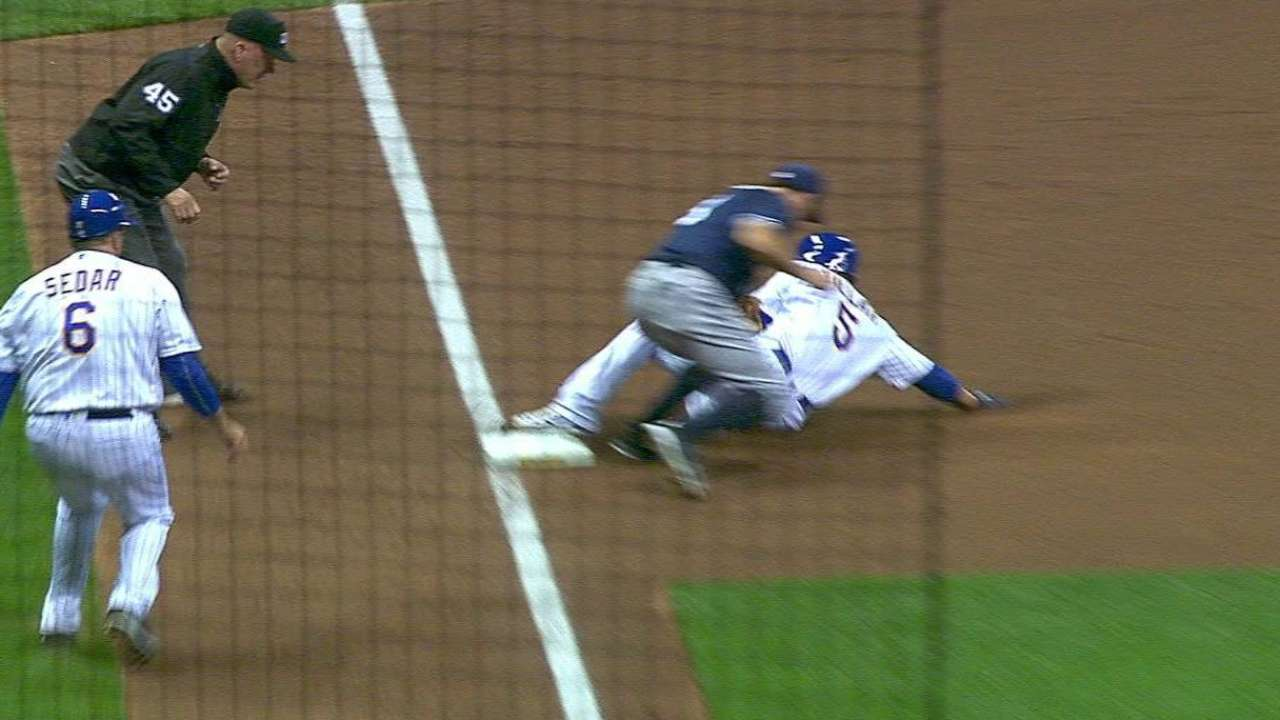 Padres turn an early double play