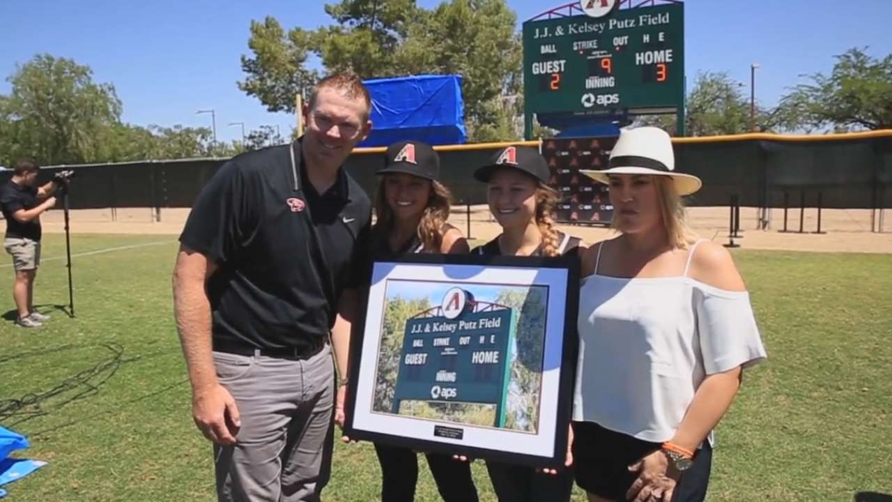 D-backs dedicate softball field to Putz family