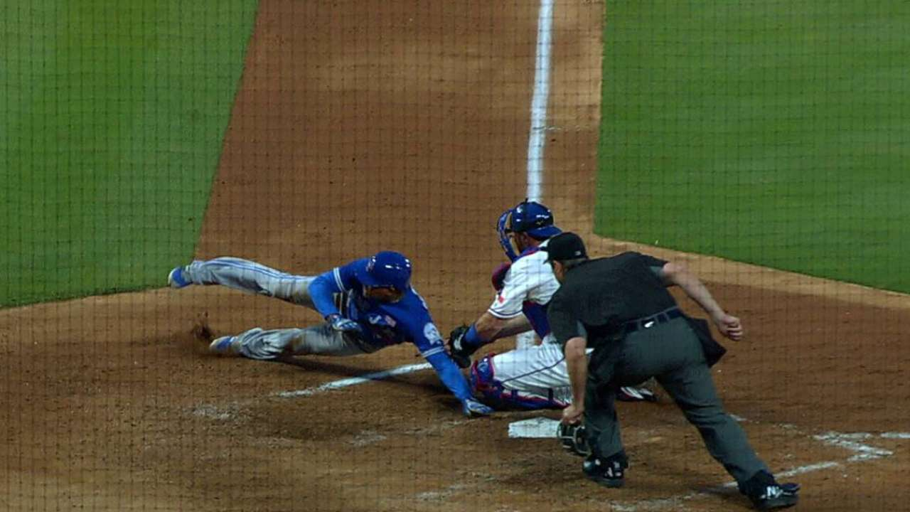 Andrus nabs Carrera at the plate