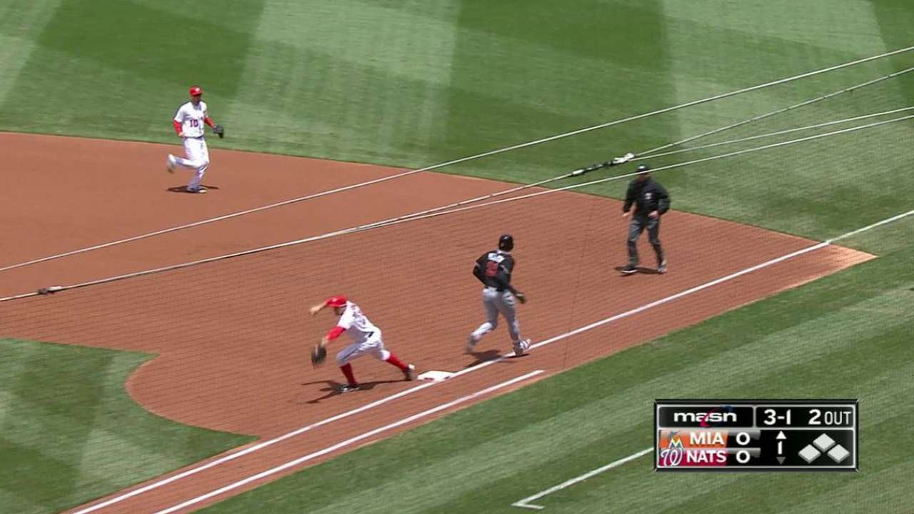 Rendon nabs Yelich at first