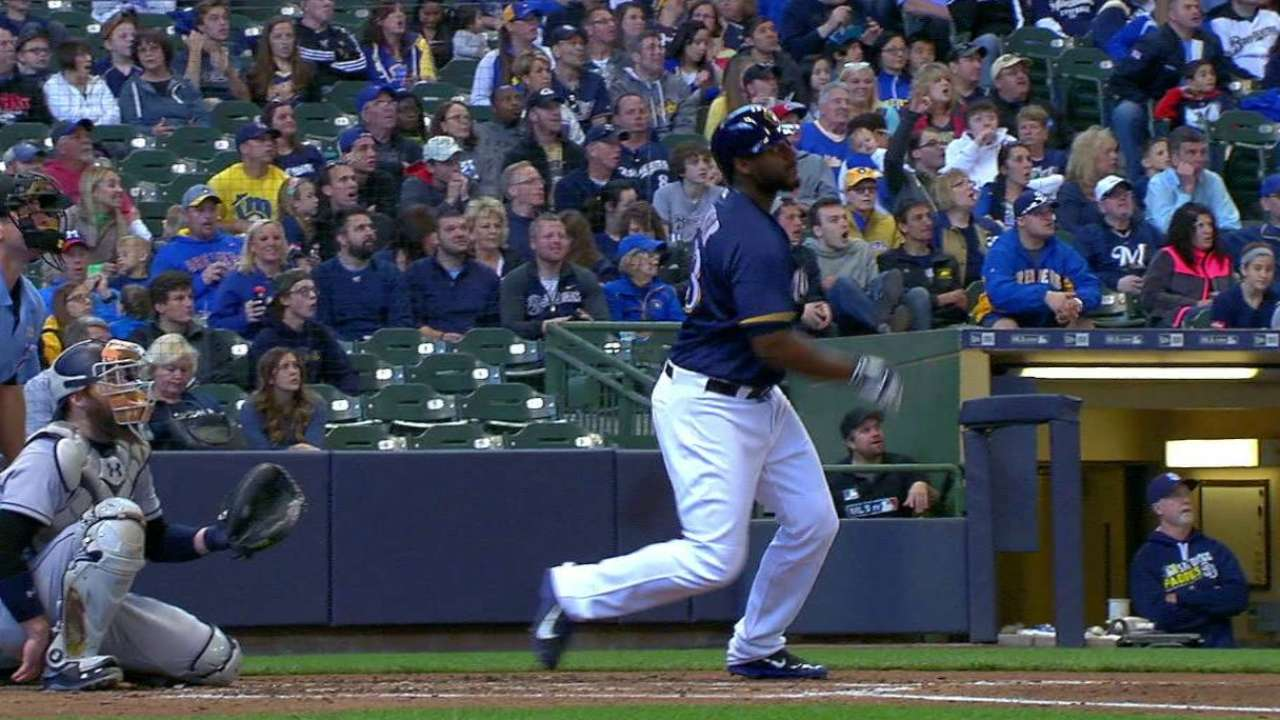 Carter's slump ends at expense of Padres