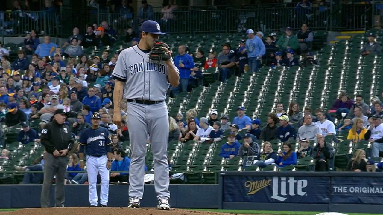 Padres pleased with Vargas' improvement