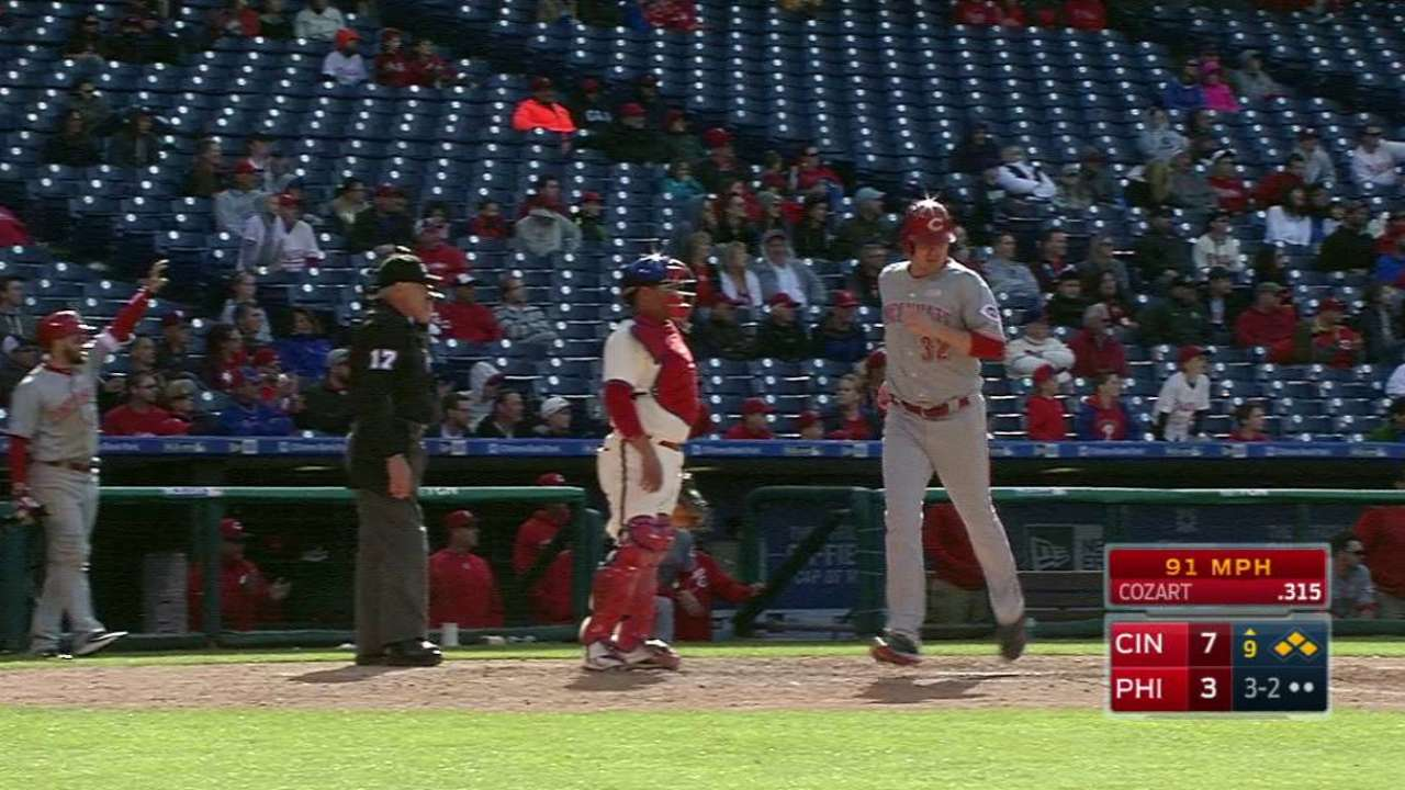 Cozart plates two runners