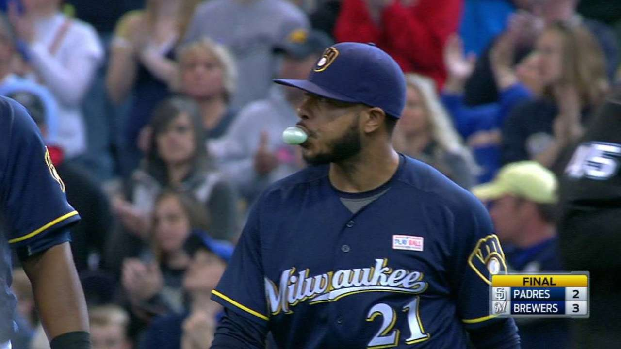 Jeffress records his 10th save