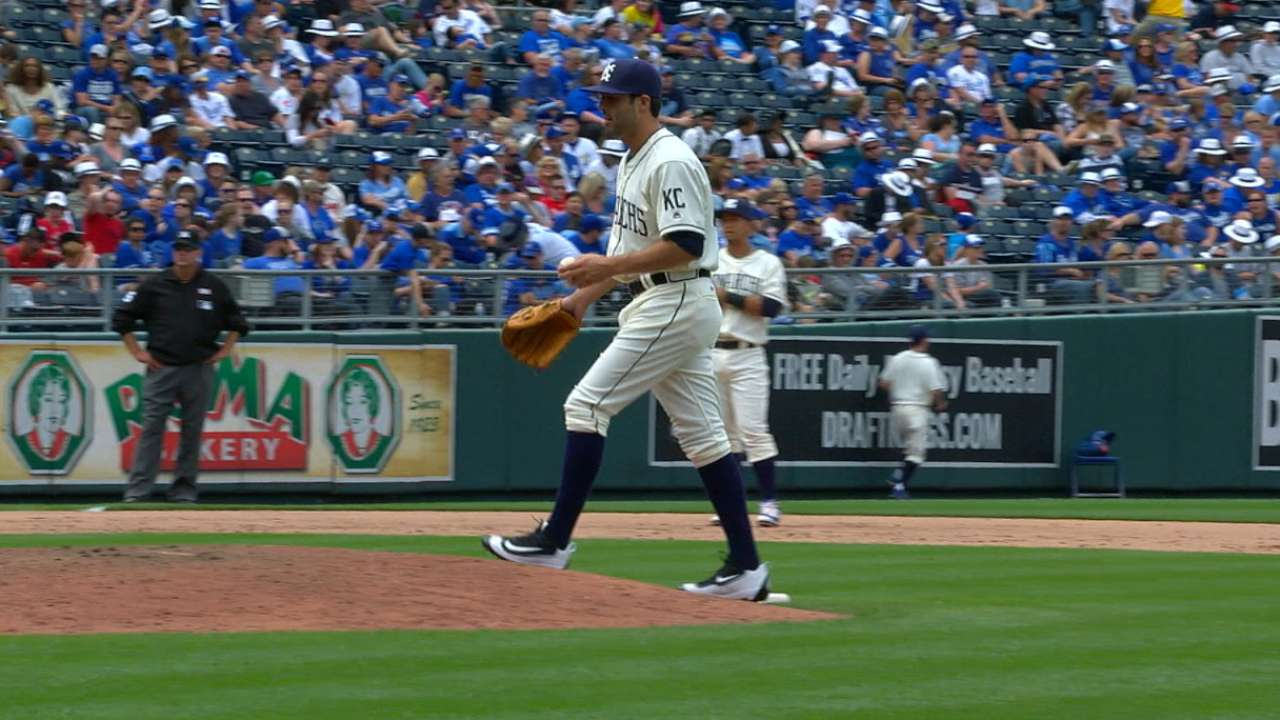 Alexander gives Royals 3 key innings of relief