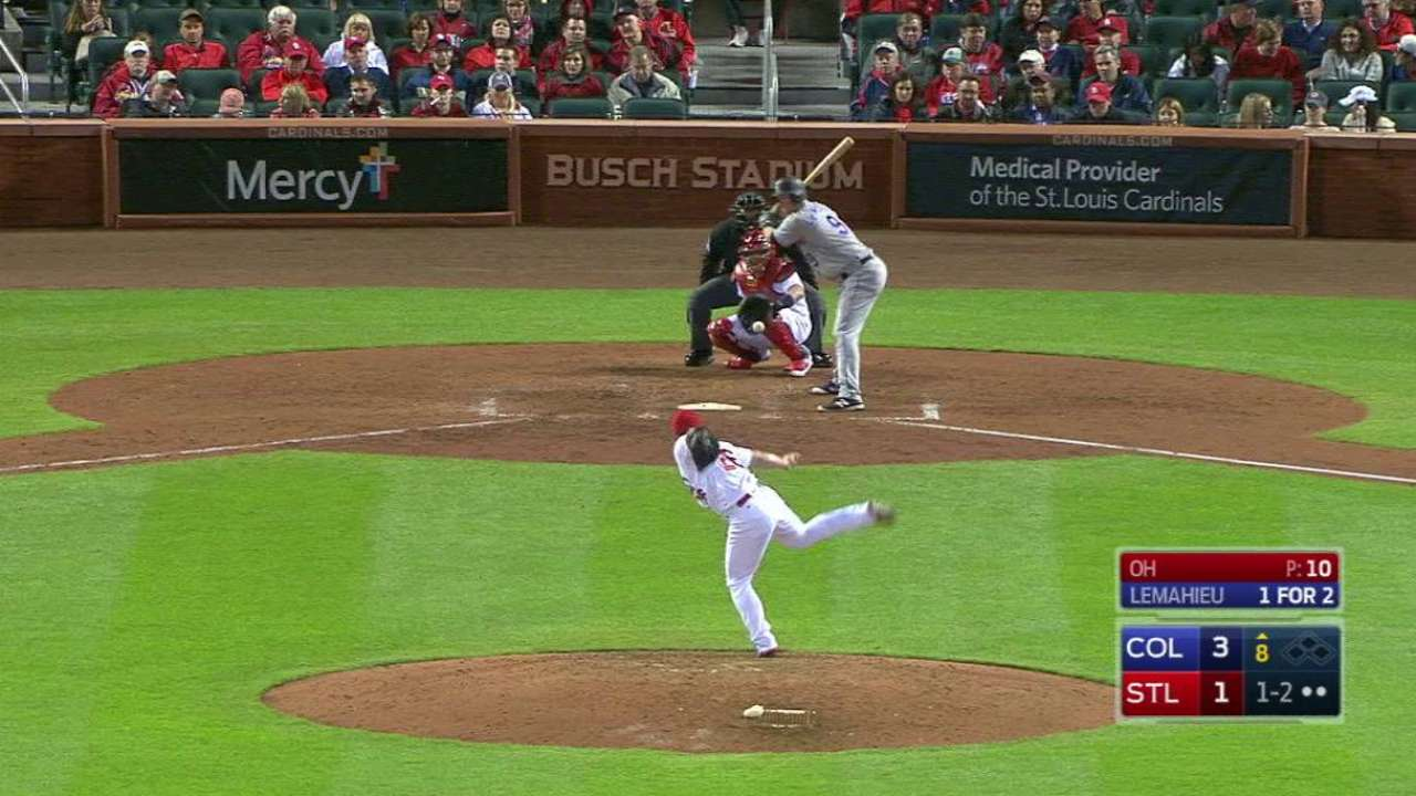 Cards reliever Oh makes quick work of Rox