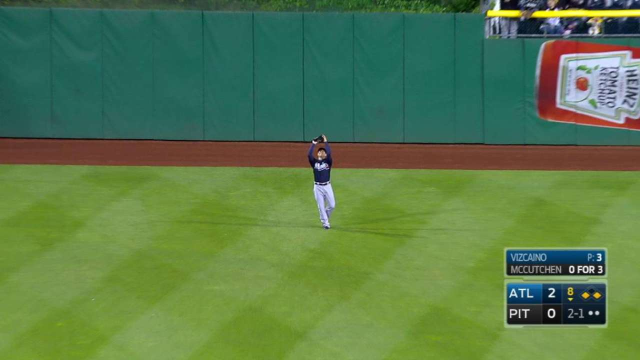 Vizcaino gets out of jam