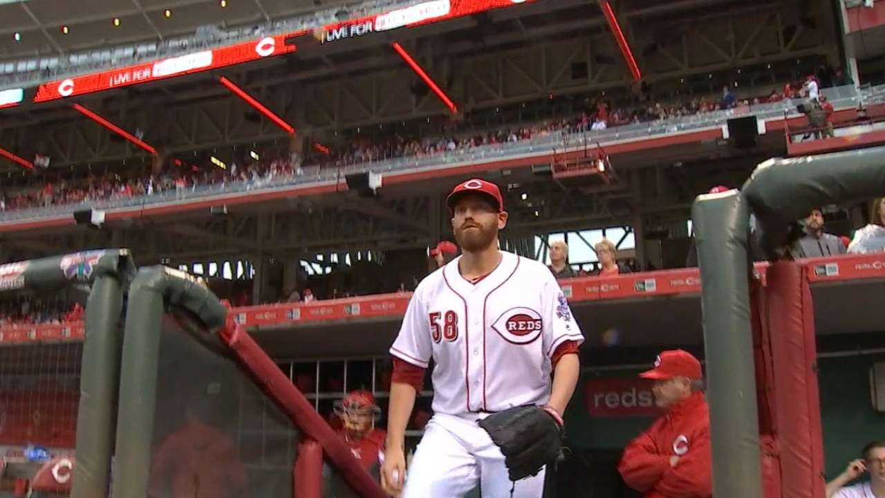 Straily grinds out six quality innings vs. Mariners