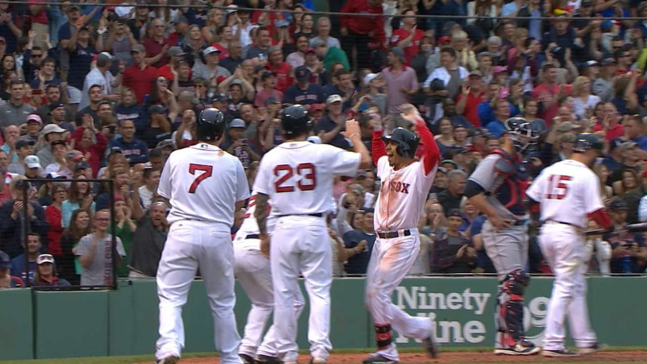 Betts' two-homer game