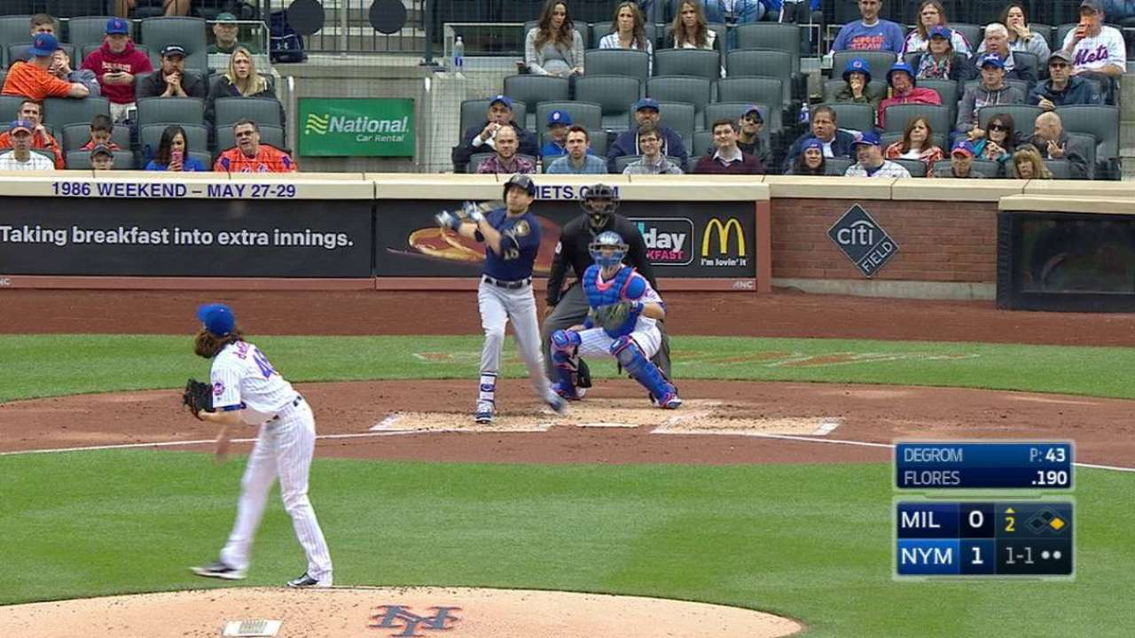 Flores hits first MLB homer while pacing offense