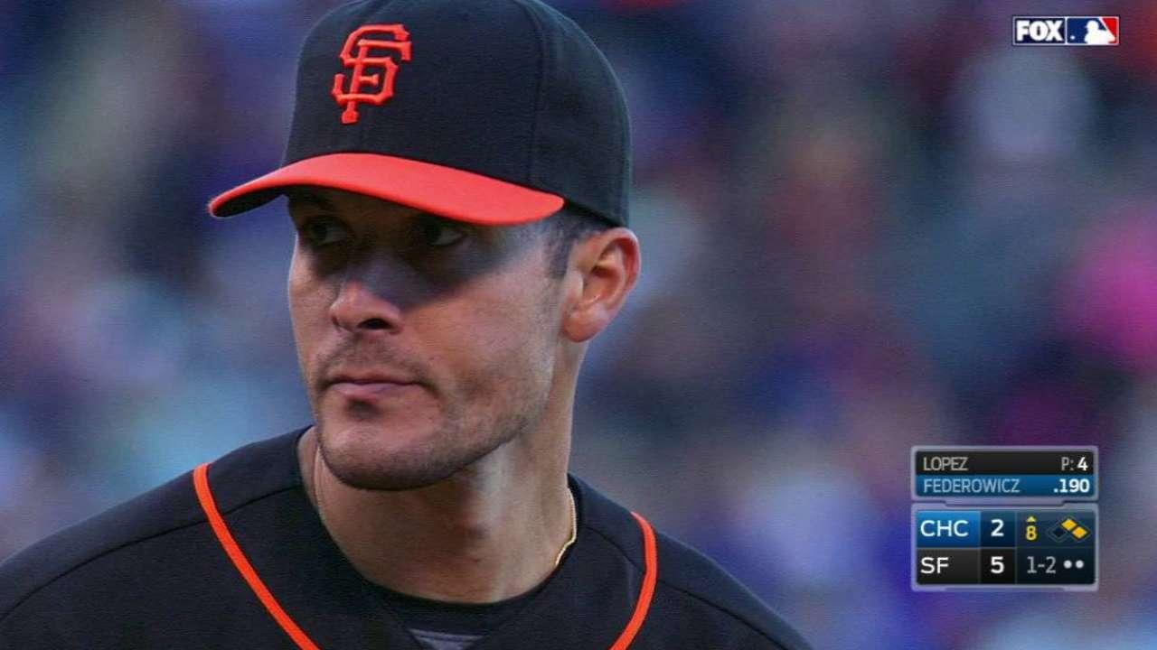 Former Giants reliever Lopez retires