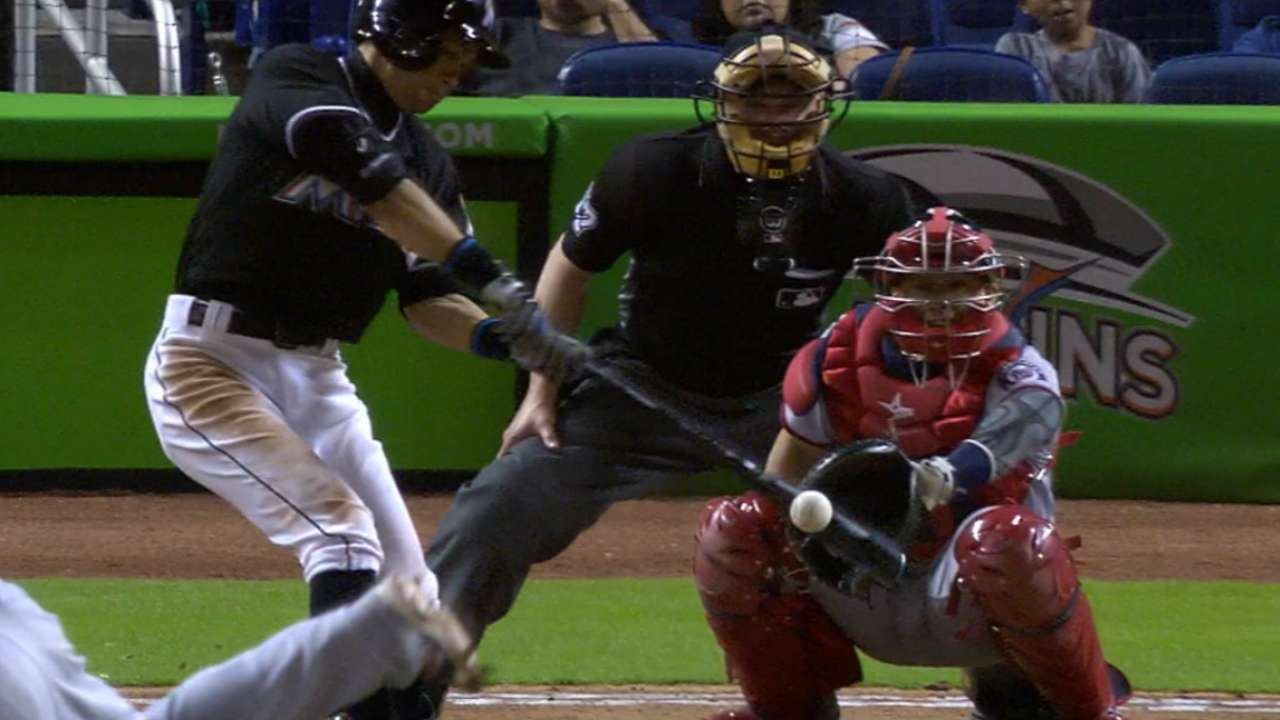 Ichiro, 42, wows with 4 hits in Marlins' win