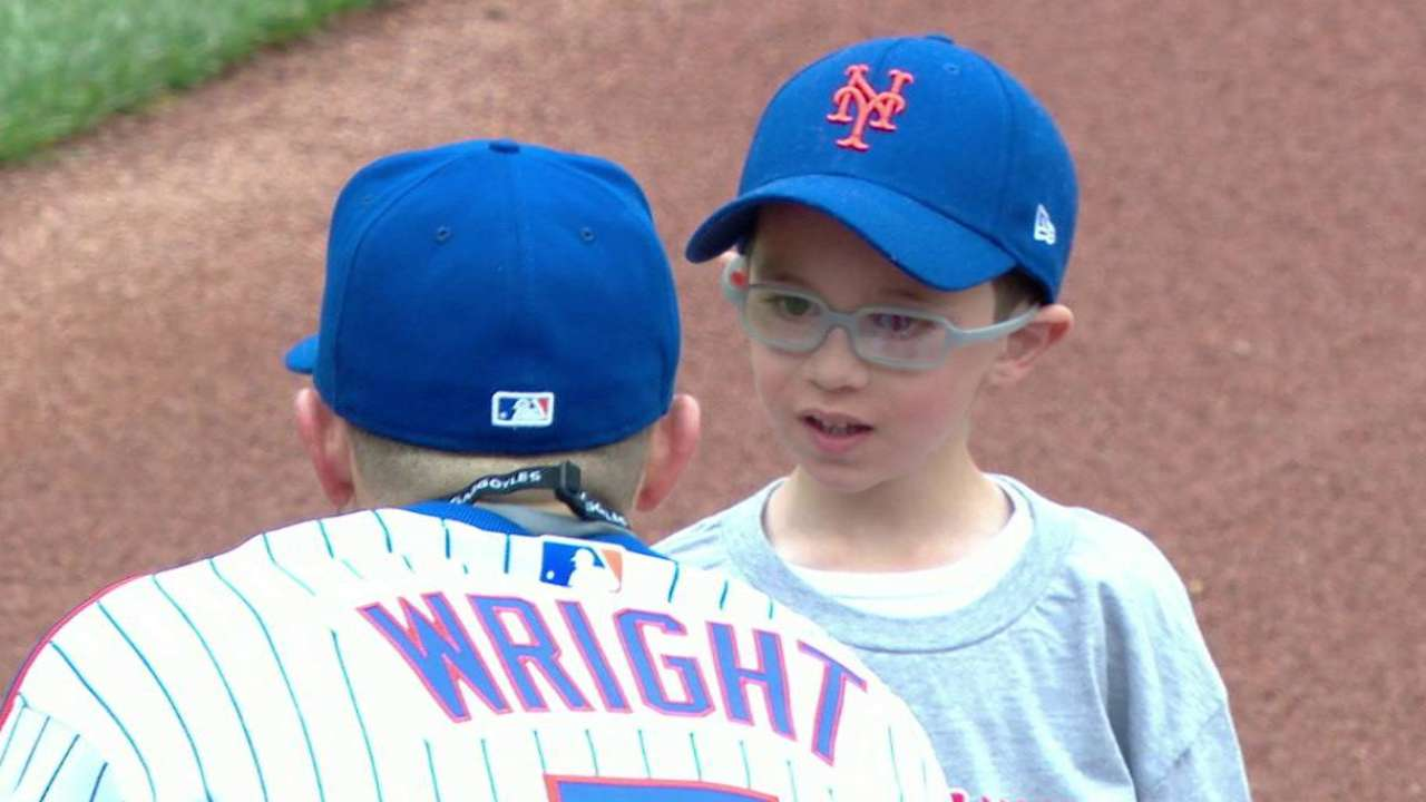 Mets share diamond with kids for Play Ball