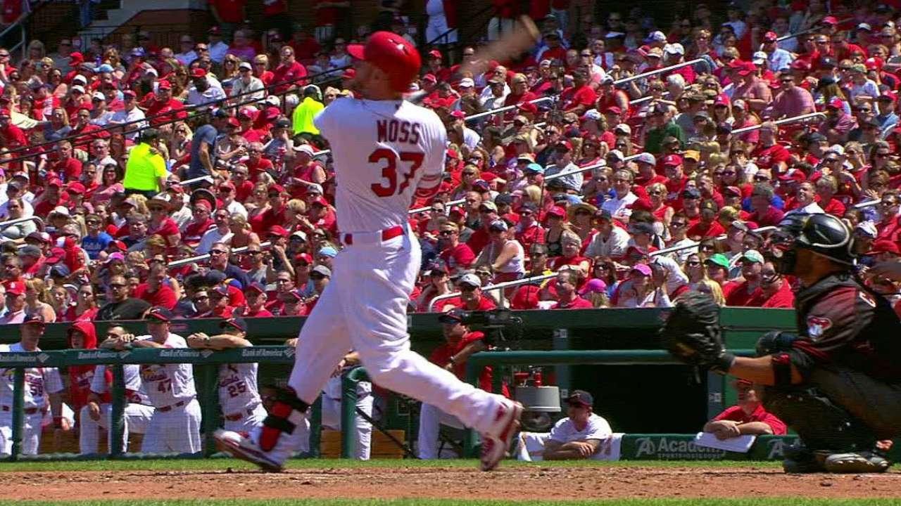 Moss' solo home run